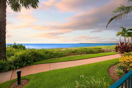 PRIVATE TERRACES & DIRECT ACCESS TO BEACH