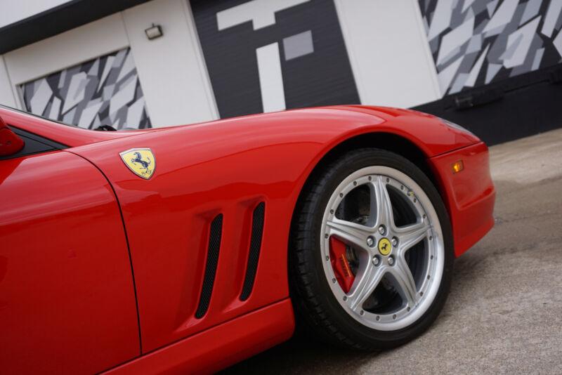 Image 18 Voiture Européenne d'occasion Ferrari Superamerica 2005