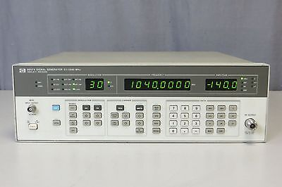 HP 8657A Synthesized Signal Generator 100kHz-1040MHz - Opt 001