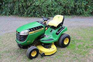 John Deere D110 42in cut ride on lawn mower in good condition Berkshire Park Penrith Area Preview