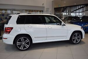 2013 Mercedes Benz GLK-Class GLK350 w/ PANORAMIC ROOF / LEATHER