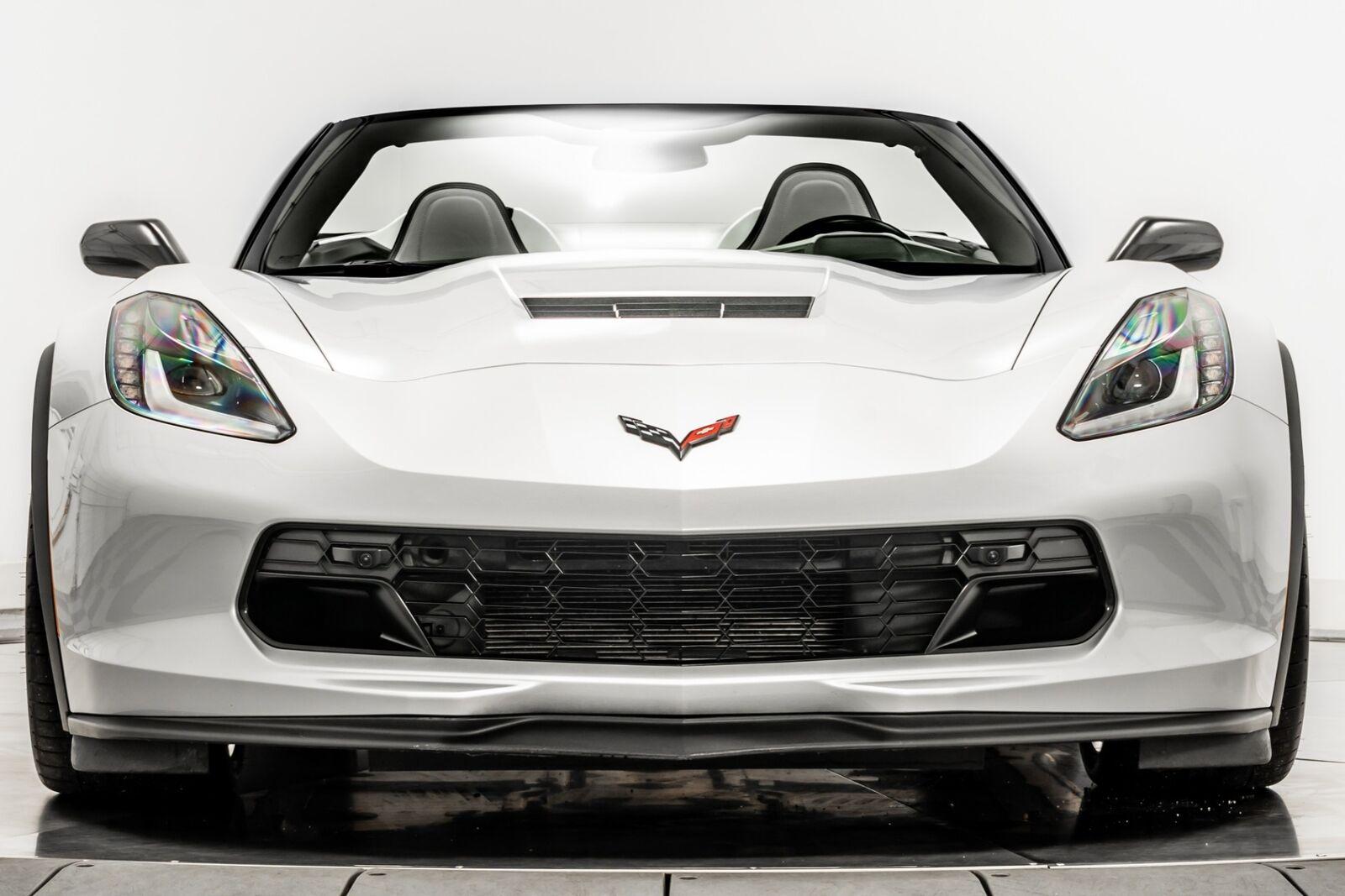2019 Silver Chevrolet Corvette Grand Sport 2LT | C7 Corvette Photo 3