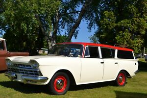 Rambler Cross Country Deluxe 1960