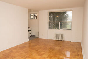 Spacious 1 Bed at Victoria Park & Eglinton - MUST SEE!
