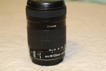 Canon 18-135mm EF-S IS Lens f3.5 - 5.6