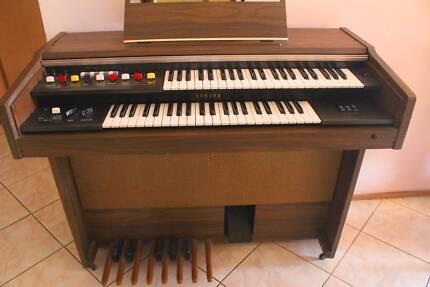 Yamaha Electone Organ Hassall Grove Blacktown Area Preview