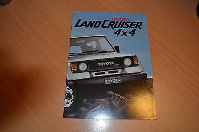 (CATALOGUE  Toyota Land Cruiser 4x4 de 1985 Suisse)