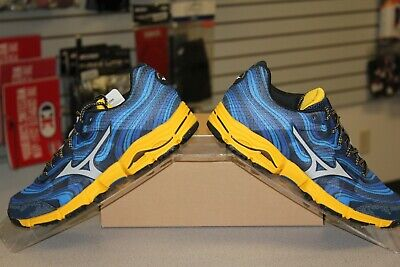 Mizuno Wave - Men's Mizuno Wave Kazan Running Shoes - New in Box - Retail $119.99