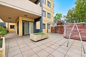 Newly Renovated Three Bedroom Unit in a Fantastic Location