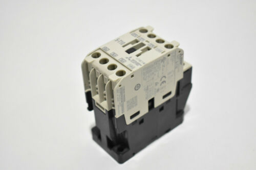 Mitsubishi Electric S-T10 Contactor - 50/60Hz 120-127V Coil - 13Amp Continuous