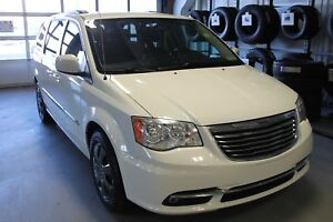 2013 Chrysler Town & Country Touring | Cloth | Stow 'N Go | Back