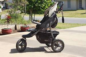 All terrain Pram with compatible infant carrier Murrumba Downs Pine Rivers Area Preview