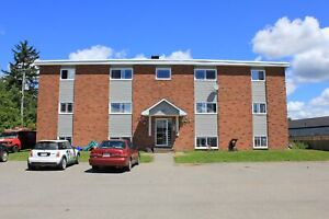 Spacious 2 Bedroom Apartment in Rothesay!!