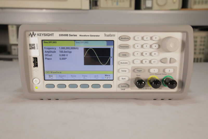 Keysight - 33500B Waveform Generator