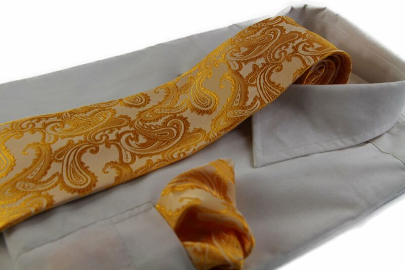Mens Yellow Paisley Patterned Neck Tie & Matching Pocket Square Set