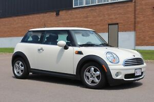2009 MINI COOPER - Low KMS!!!