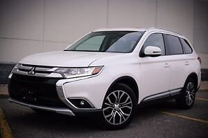 2016 Mitsubishi Outlander FULLY LOADED!