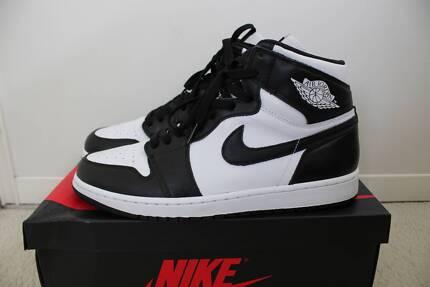 Air jordan 1 black and white size us 10.5