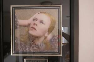 Bowie - Hunky Dory, Signed Hillarys Joondalup Area Preview