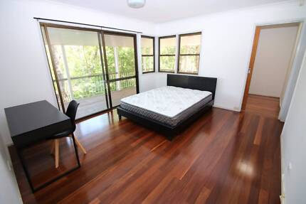 Furnished Room for Rent - Indooroopilly
