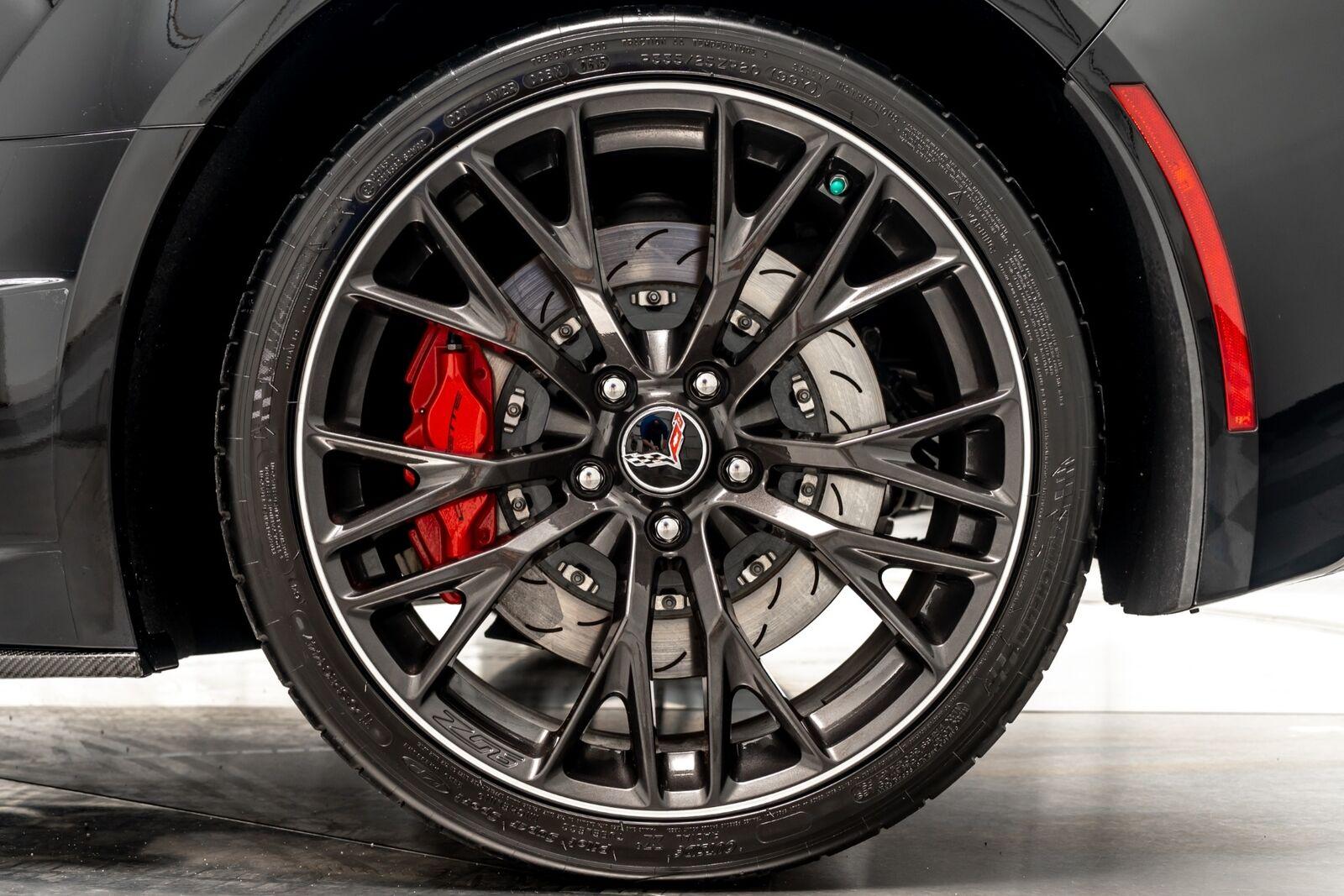 2015 Black Chevrolet Corvette Z06 3LZ   C7 Corvette Photo 10