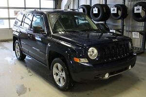 2017 Jeep Patriot Sport/North | Cloth | Bluetooth | CD Player