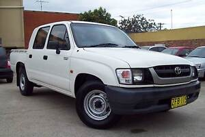 2004 TOYOTA HILUX DUAL CAB UTE UNBREAKABLE HILUX 2.7 LTR 5 SPEED Windsor Hawkesbury Area Preview