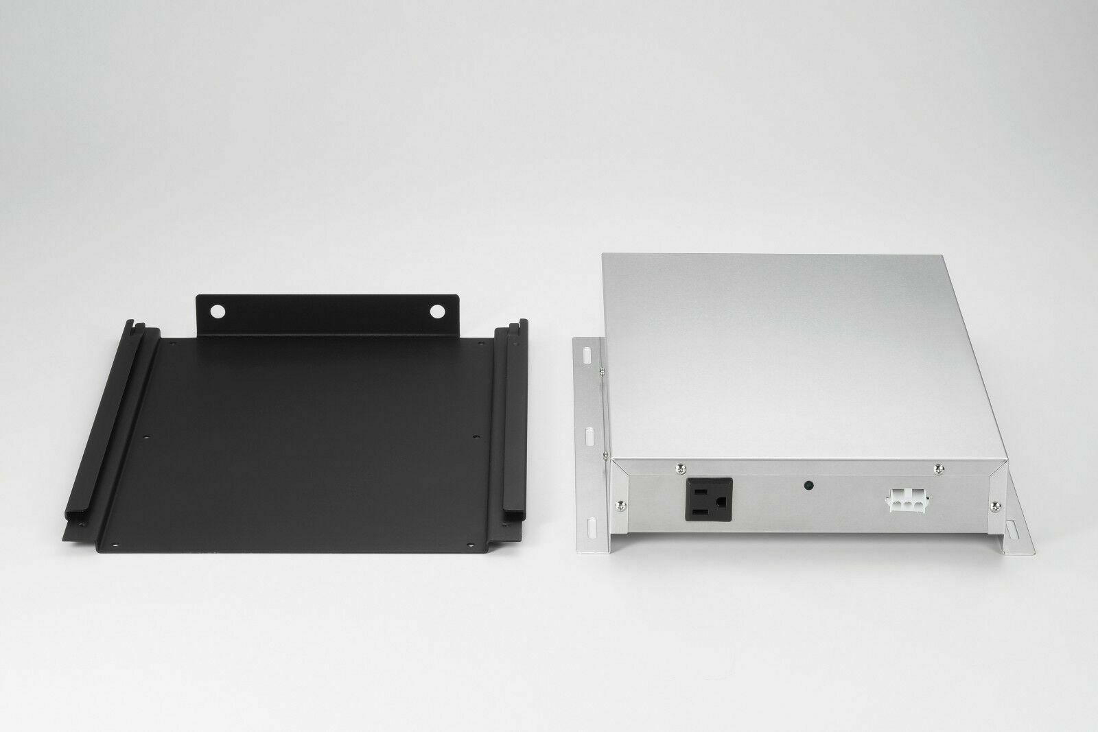 как выглядит PowerXchanger XS-05 GA Slimline Series SMART Voltage Frequency Converter фото