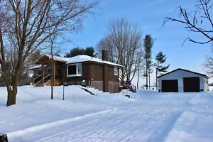Country Home For Sale  on 1 acre- only 4km to 401