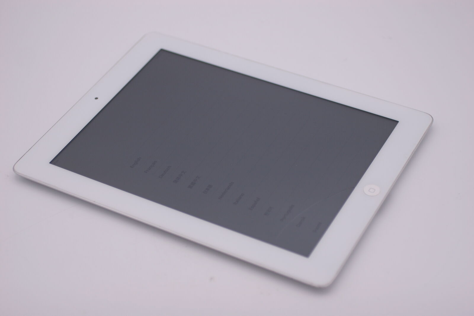 Apple iPad 2 64GB Wi-Fi 9.7in White MC981LL/A A1395 IOS9.3.5