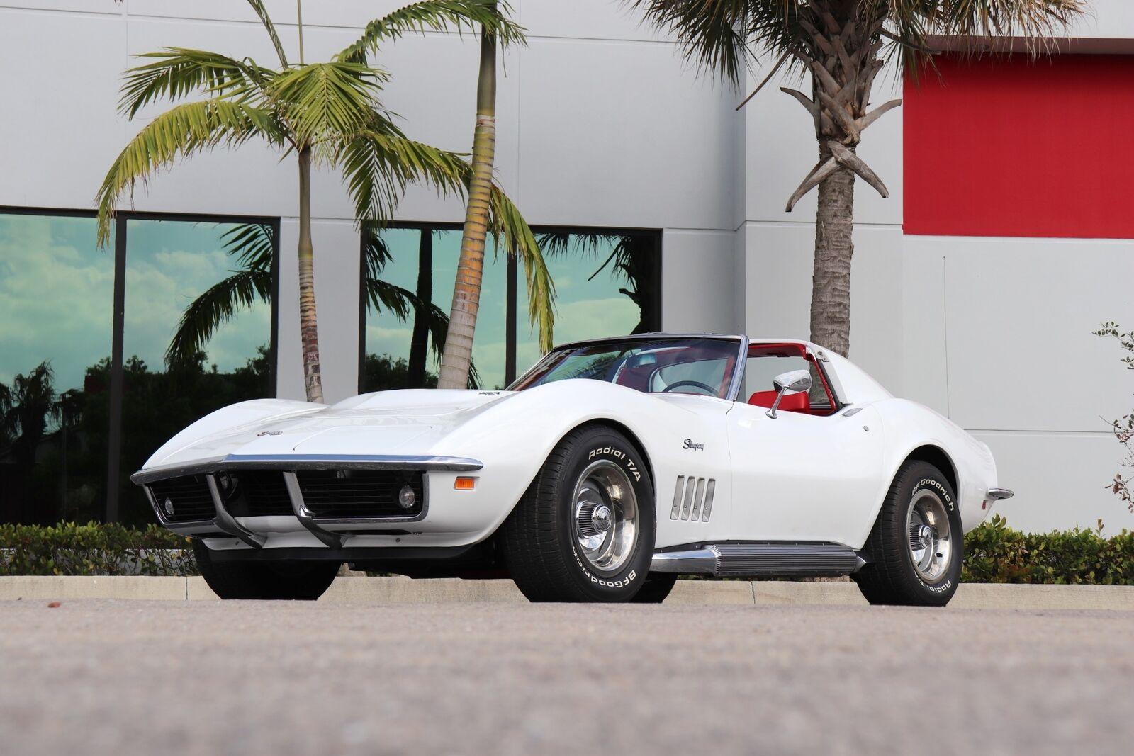 1969 White Chevrolet Corvette   | C3 Corvette Photo 2