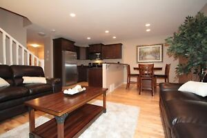 Willow Glen Executive Furnished Townhouse - Available Today!