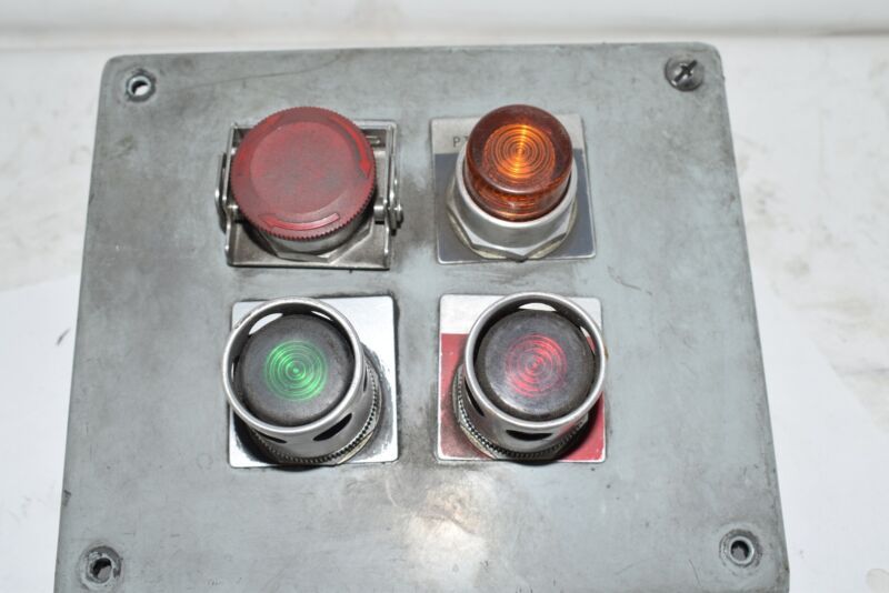 Allen Bradley Control Panel Indicator Lights Stop Pilot, Start Stop