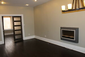Beautiful 2 Bedroom, Perfect Location- Barrie Street