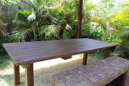 Outdoor dinning table, 8 seater Butler Wanneroo Area Preview