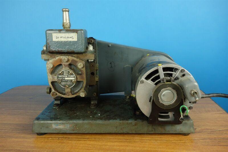 Welch Duo-Seal Rotary Vacuum Pump