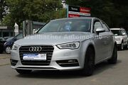 Audi A3 Attraction * Bi-Xenon * SH * PDC * 1. Hand *