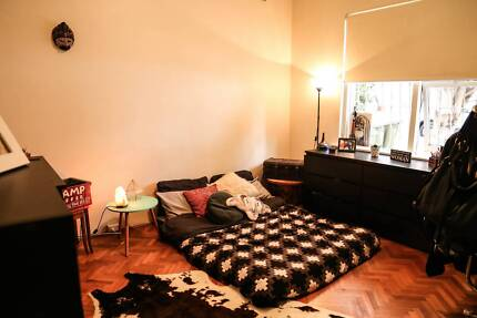 Large furnished bedroom for rent in Bondi beach