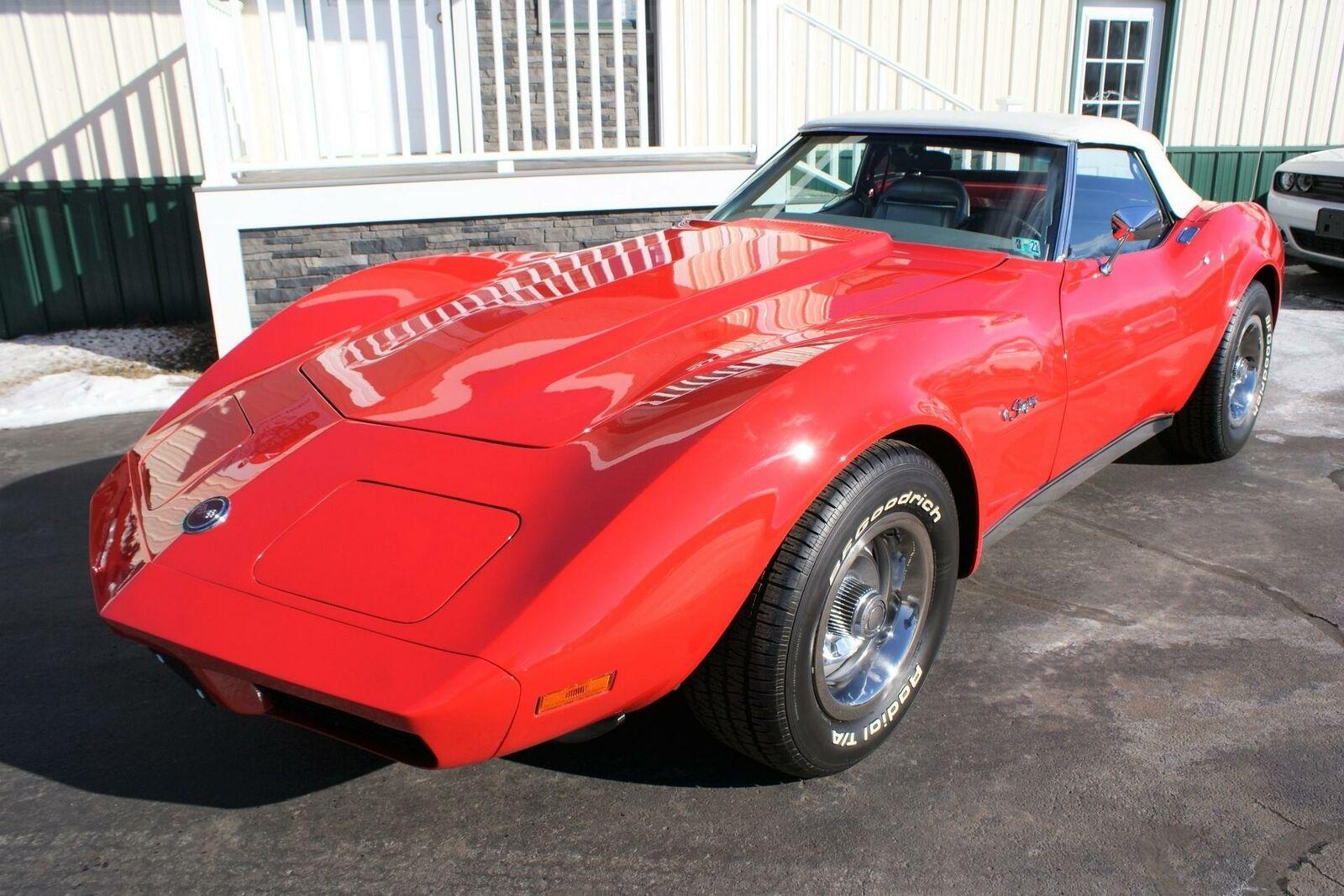 1974 Red Chevrolet Corvette  L82   C3 Corvette Photo 2