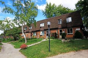 3 bedroom townhome with garage