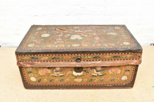 ANTIQUE CAMPHOR WOOD CHEST BOX 19TH C PAINT DECORATED ENGLISH CHINESE TRADE