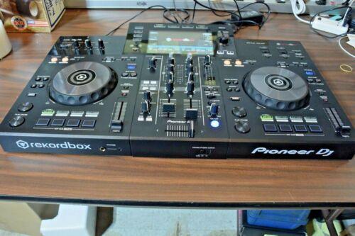 Pioneer DJ XDJ-RR All In One Digital DJ System with Rekordbox Software - Black