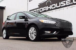 2016 Ford Focus Titanium CLEAN CARPROOF | MOONROOF | BACK-UP...