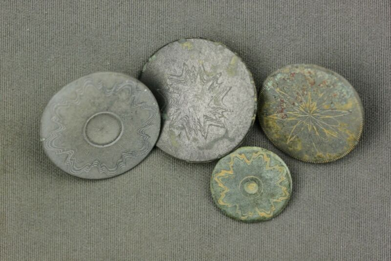 Group of Colonial Pewter One Piece Buttons Dug Northern & Central VA