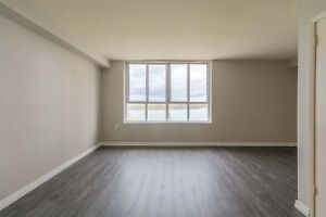 Updated Spacious Bachelor - Near the River - Best Location!