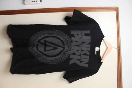 "Linkin Park ""LP"" Logo Band Tee"