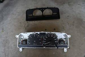 Toyota 88-97 Hilux/Surf Instrument Cluster Thornlands Redland Area Preview