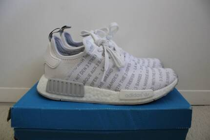 NMD R1 Brand with the 3 stripes / WHITEOUT