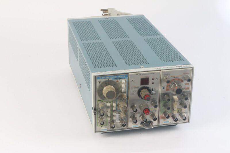Tektronix TM503 Power Module W/ FG 501A , PG 506 , and PG 505