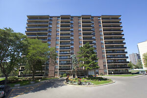 1 Bedroom Apartment for Rent Bathurst /Steeles in North York!